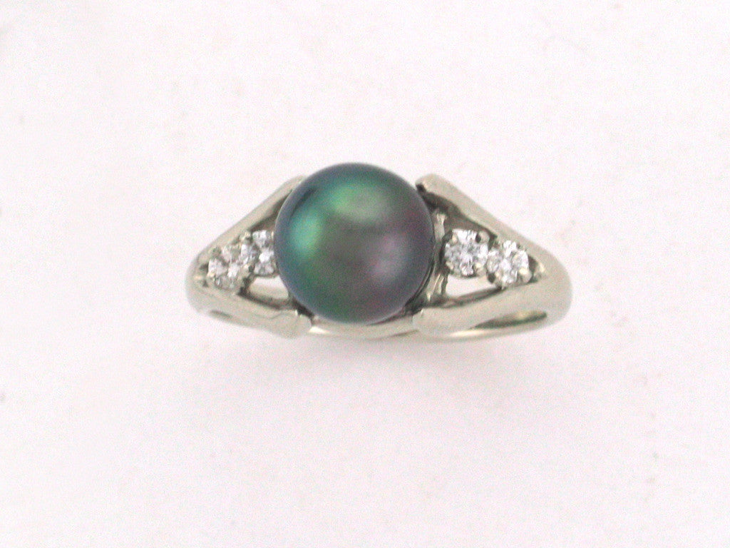 Salt Water Cultured Tahitian Pearl Ring 8