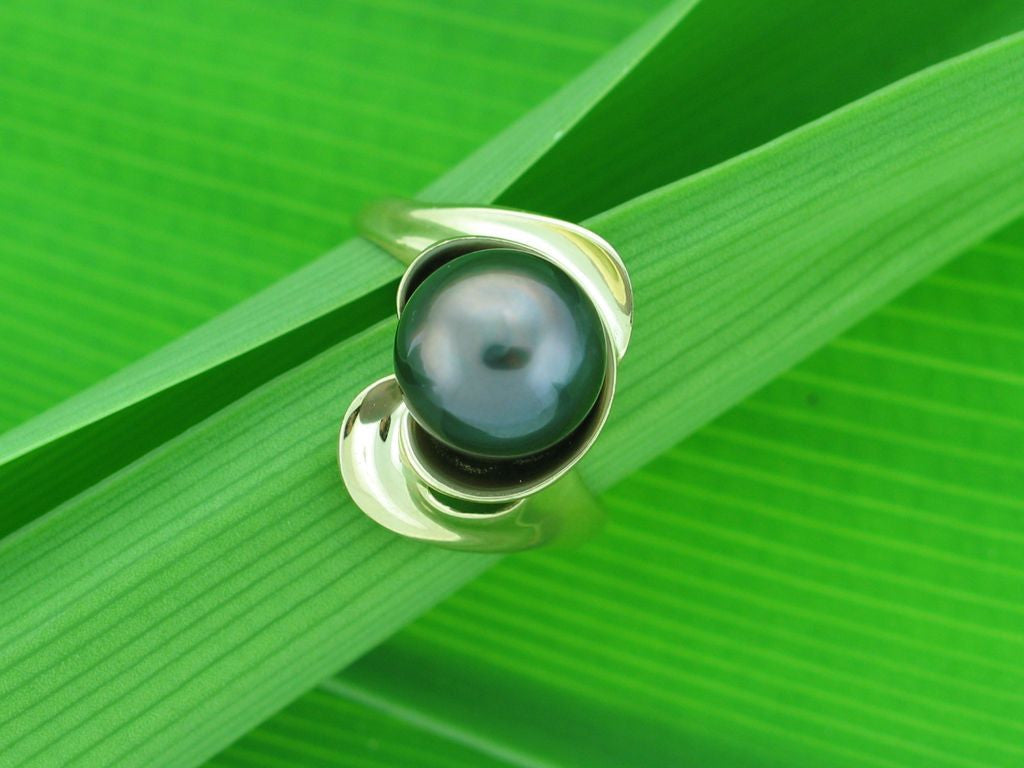 Salt Water Cultured Tahitian Pearl Ring 9