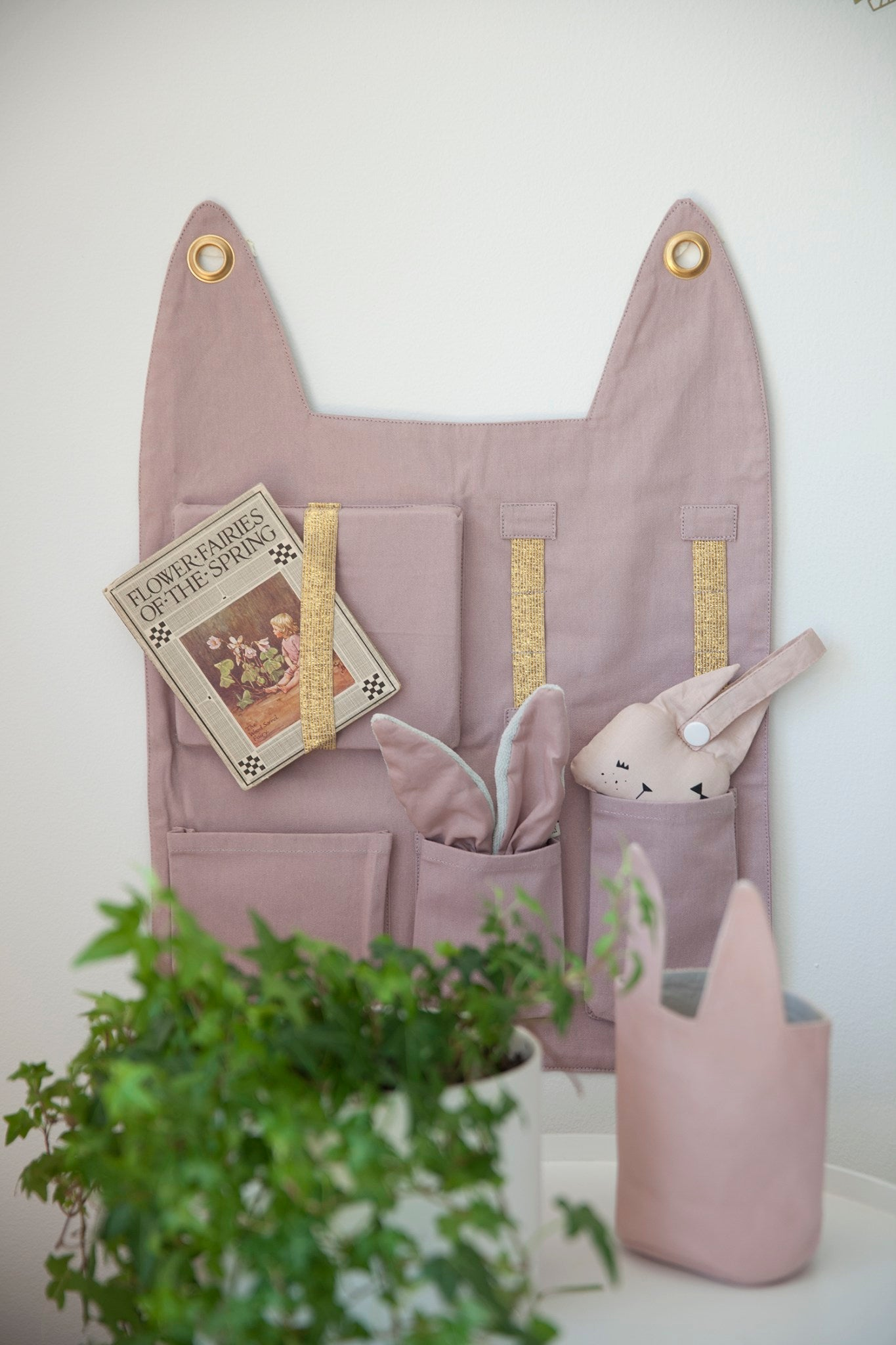 Wall Pocket- Bunny