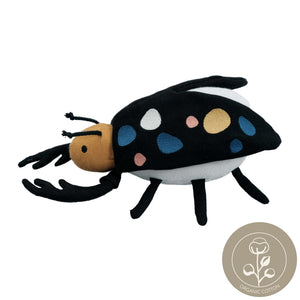Beetle rattle soft toy fabelab