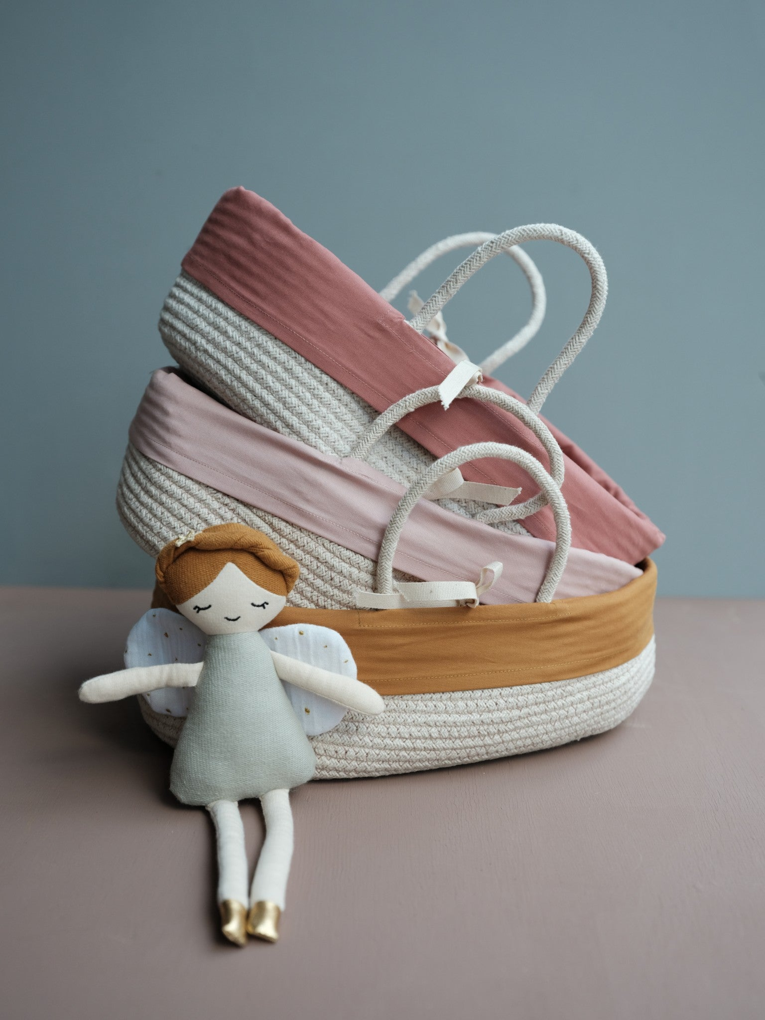 Doll Basket with cover - Ochre