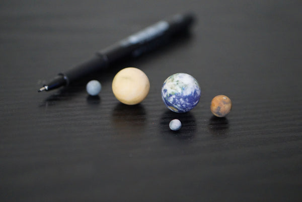 Tiny Mercury, Venus, Earth, Mars & Moon to scale