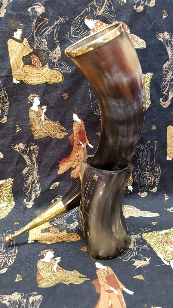 Drinking Horn with Stand Game of Thrones Inspired Dire Wolf Design
