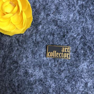 Art Collector Pin
