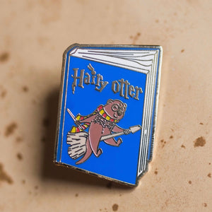 Hairy Otter Pin