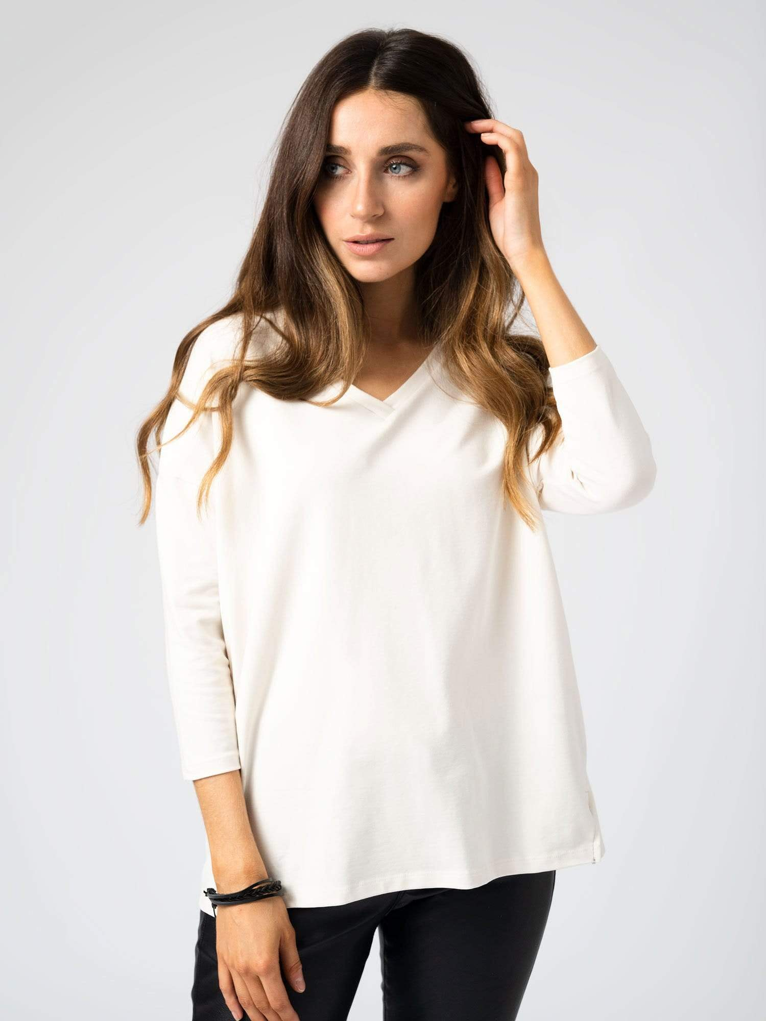 Boxy V-Neck Sweater in Cream