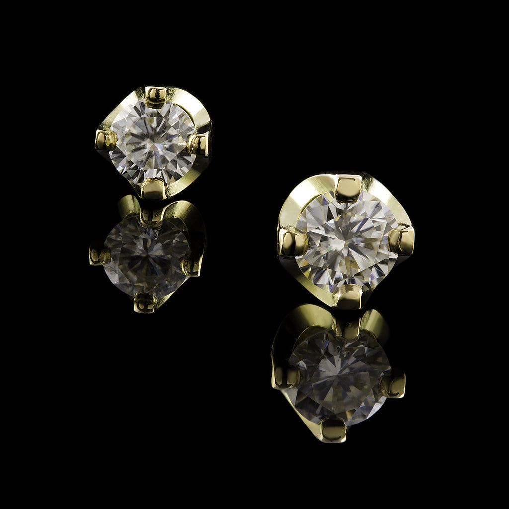 Oro Bianca Earrings