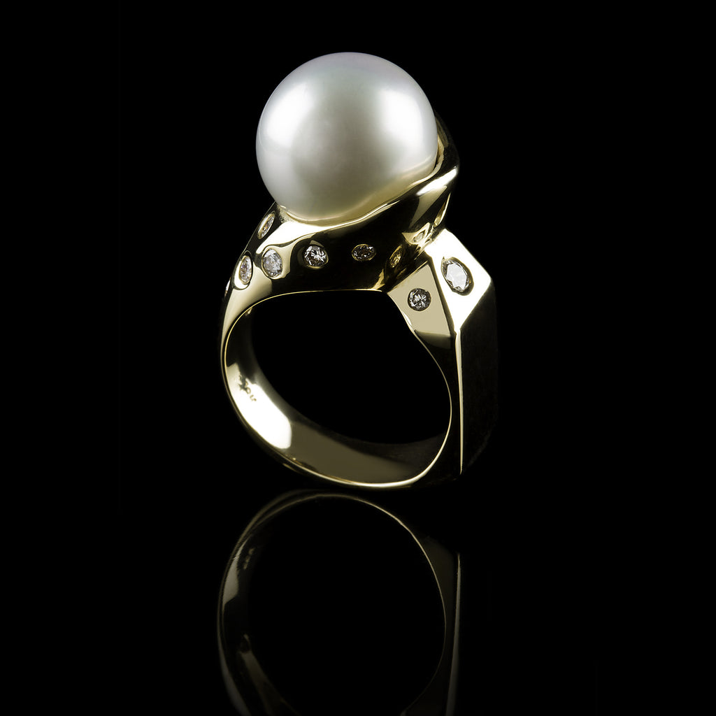 Perla & Diamante Ring
