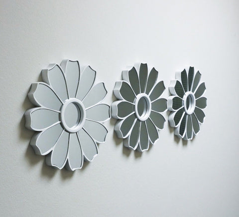 Set of 3 White Flower Shaped Mirrors