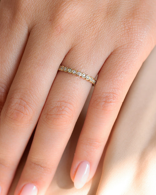 Dotty Diamond Ring