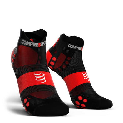 Compressport CS-27116 Compressport Pro Racing Socks V30 ULTRALIGHT RUN Low Cut  BlackRed  T4