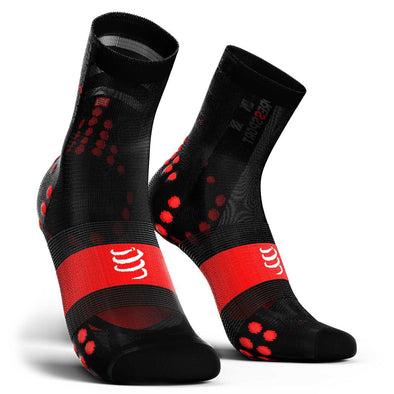 Compressport CS-27132 Compressport Pro Racing Socks V30 ULTRALIGHT BIKE  BlackRed  T4