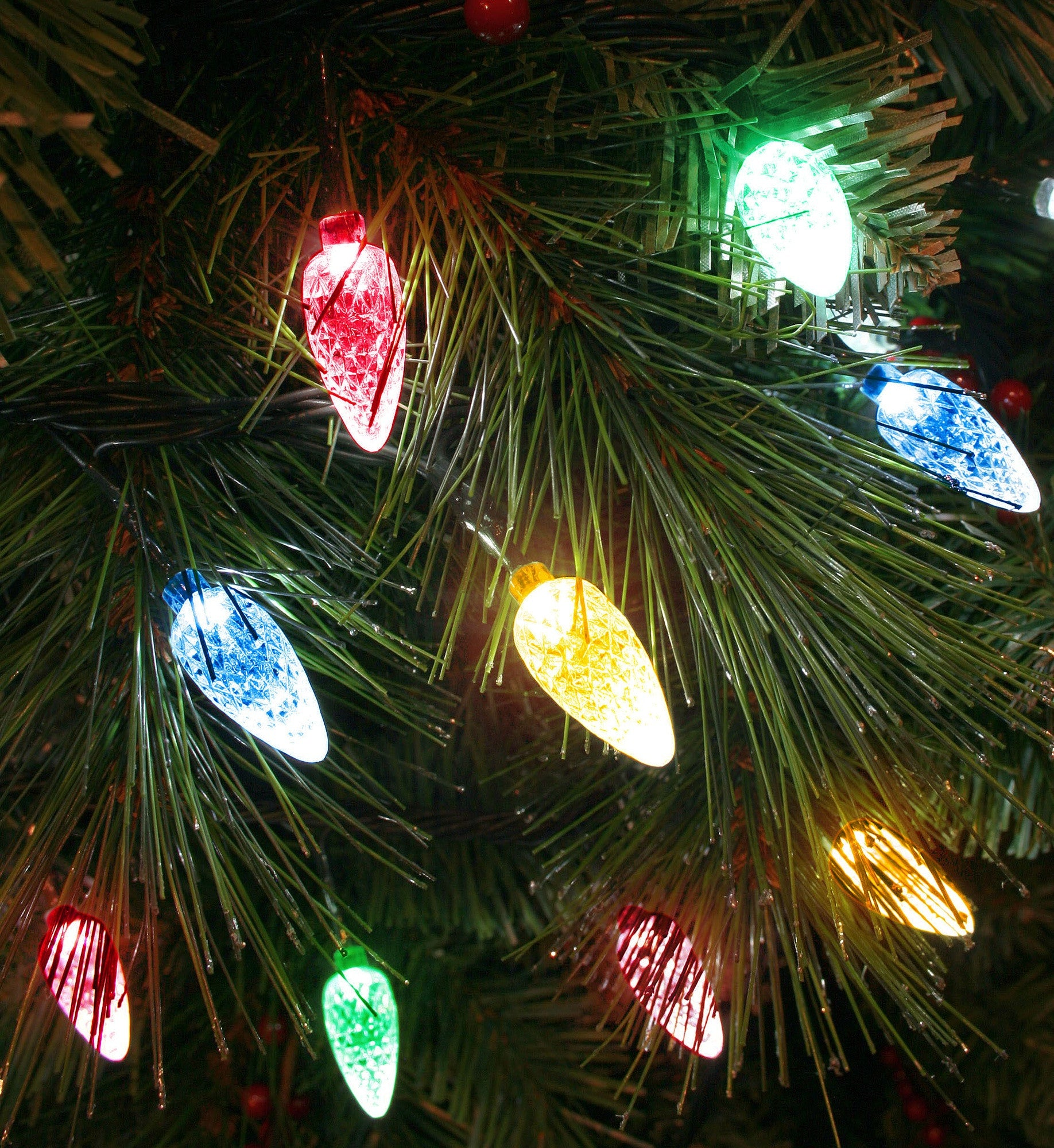 100 faceted cone led christmas tree lights on green wire multicoloured