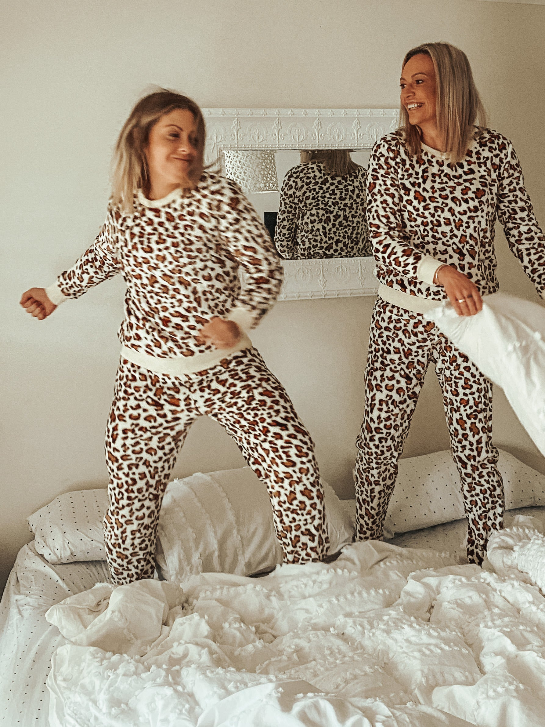 Lounge set Leopard - Was $49.95