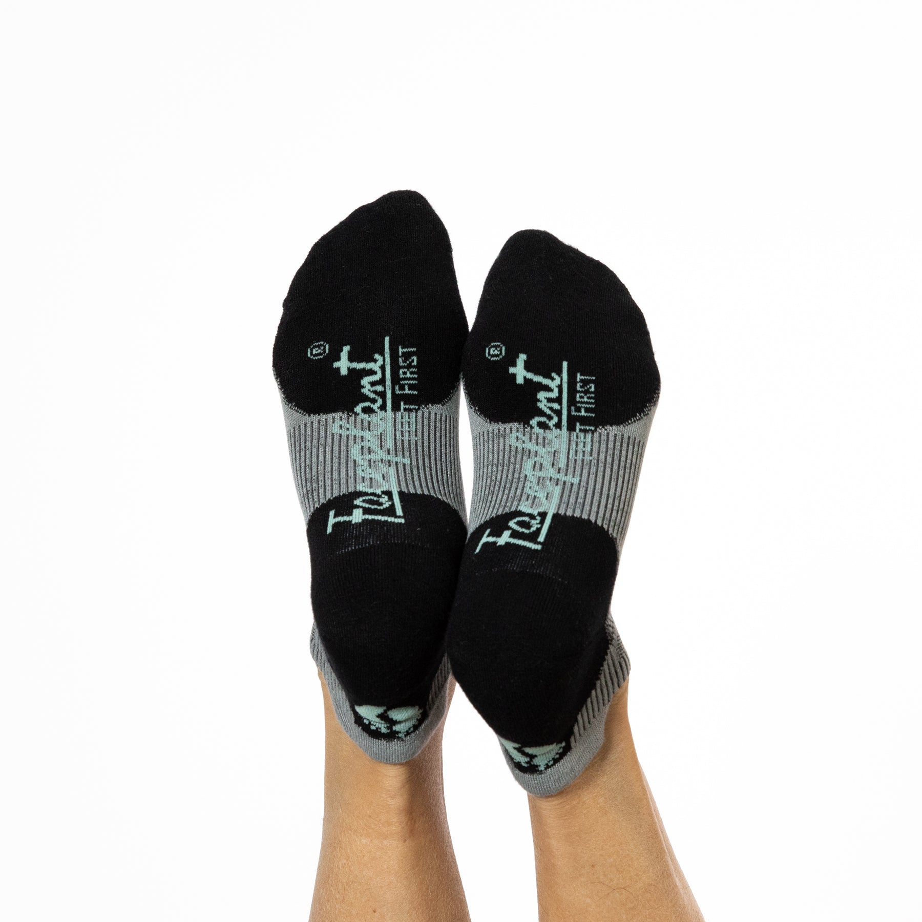 NEW Faceplant Bamboo® Ankle Socks - Earl Grey/Black