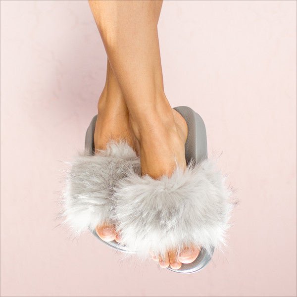 Furry Slides - Grey