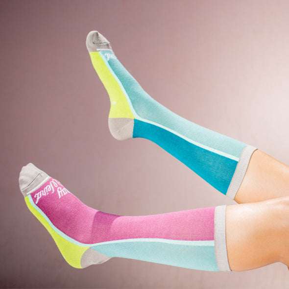 Faceplant Bamboo®Socks: Stay Weird