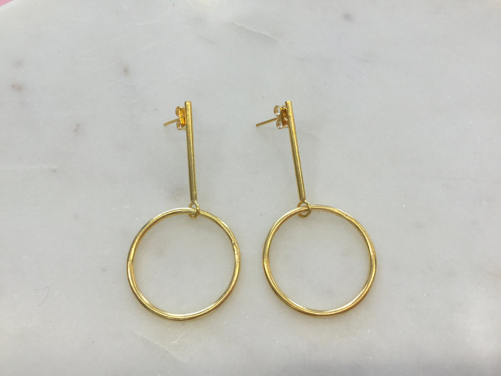 Circular stick earrings