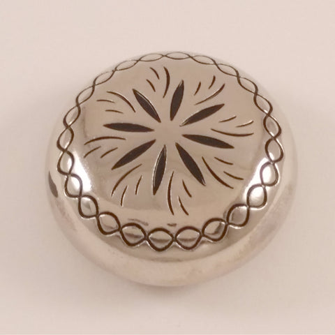 "26310-N6 1 1/4"" Shiny Silver Sunburst Style Screw Back Dome Concho, Conchos - Behind The Wire Shop"