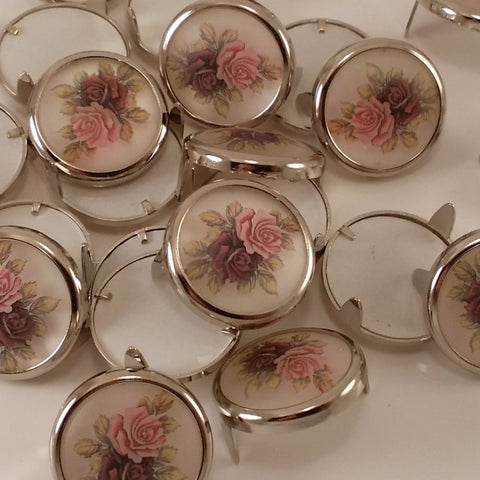 "615331-B1 3/4"" Decorative Victorian Rose Acrylic Stone with Round Nickel Setting, Metal Spots & Studs - Behind The Wire Shop"