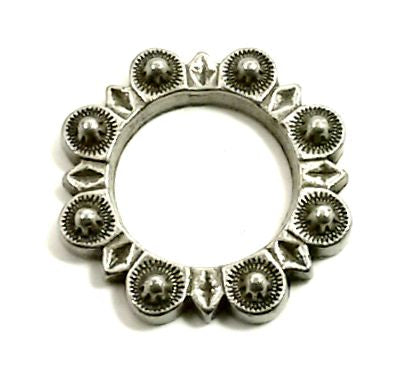 "832-L15 1"" Antique Pewter Berry Style O Ring"