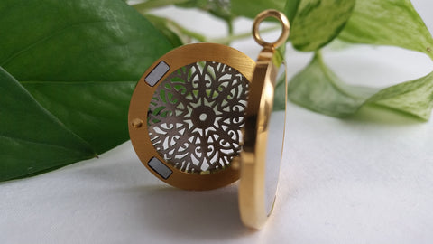 Filigree Tulips 2 Tone Essential Oil Diffusing Locket