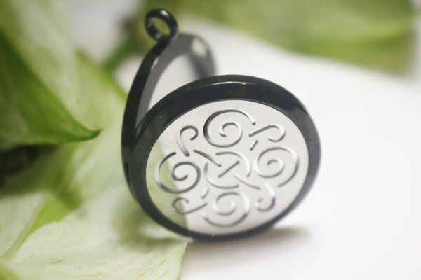 Black Silver Wind 2 Tone Essential Oil Diffusing Locket