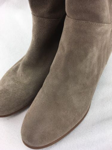 6a009de8e69 ... Steve Madden Ponderosa Women s Taupe Suede Pull On Knee Boots Size 8.5  RH9919