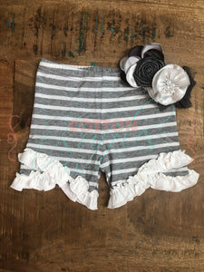 Gray Clouds Split Ruffle Shorties - Size 6