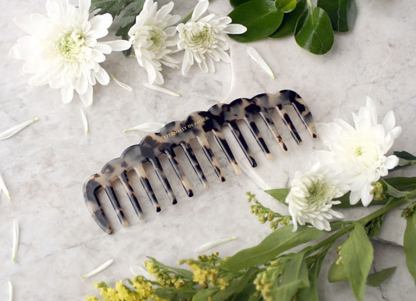 Natural Granite Scallop Wide Tooth Comb, Handmade