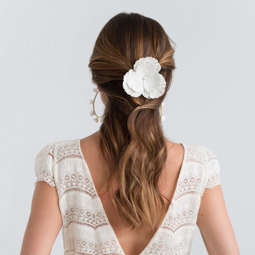 Maxi Pensamiento Hair Pin for brides