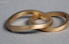 Balance Eco-friendly wedding bands his and her