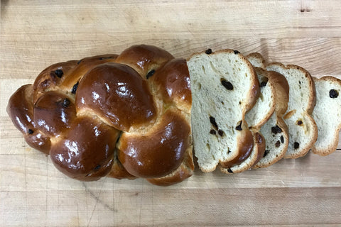 Small Braided Challah w/ Raisins