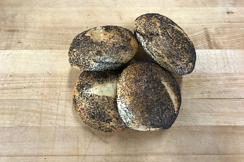 Medium Poppyseed Bun