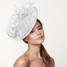 Load image into Gallery viewer, VX607 - Vixen Millinery