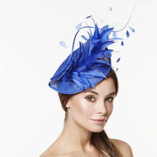 Load image into Gallery viewer, VX613 - Vixen Millinery