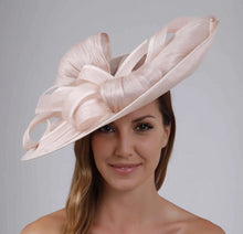 Load image into Gallery viewer, VX807 - Vixen Millinery