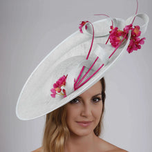 Load image into Gallery viewer, VX808 - Aqua/Fuchsia - Vixen Millinery