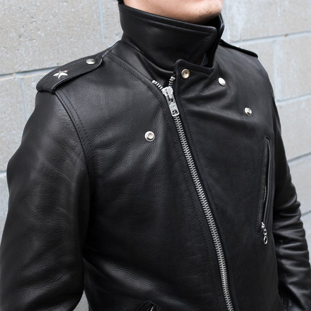 Man Wearing Schott 519 Waxy Natural Cowhide Leather Perfecto Motorcycle Jacket Fully Zipped
