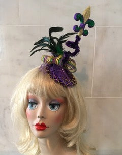"""Fleur de lis"" is perfect for New Orlean's Mardi Gras."