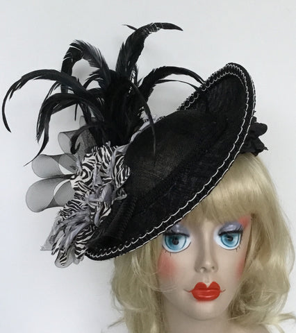 """VICTORIA"" black and white Fascinator with coque feathers and yellow flowers"