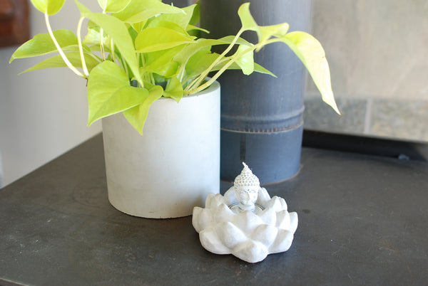 Concrete Lotus Candleholder - Tealight - Concrete Decor