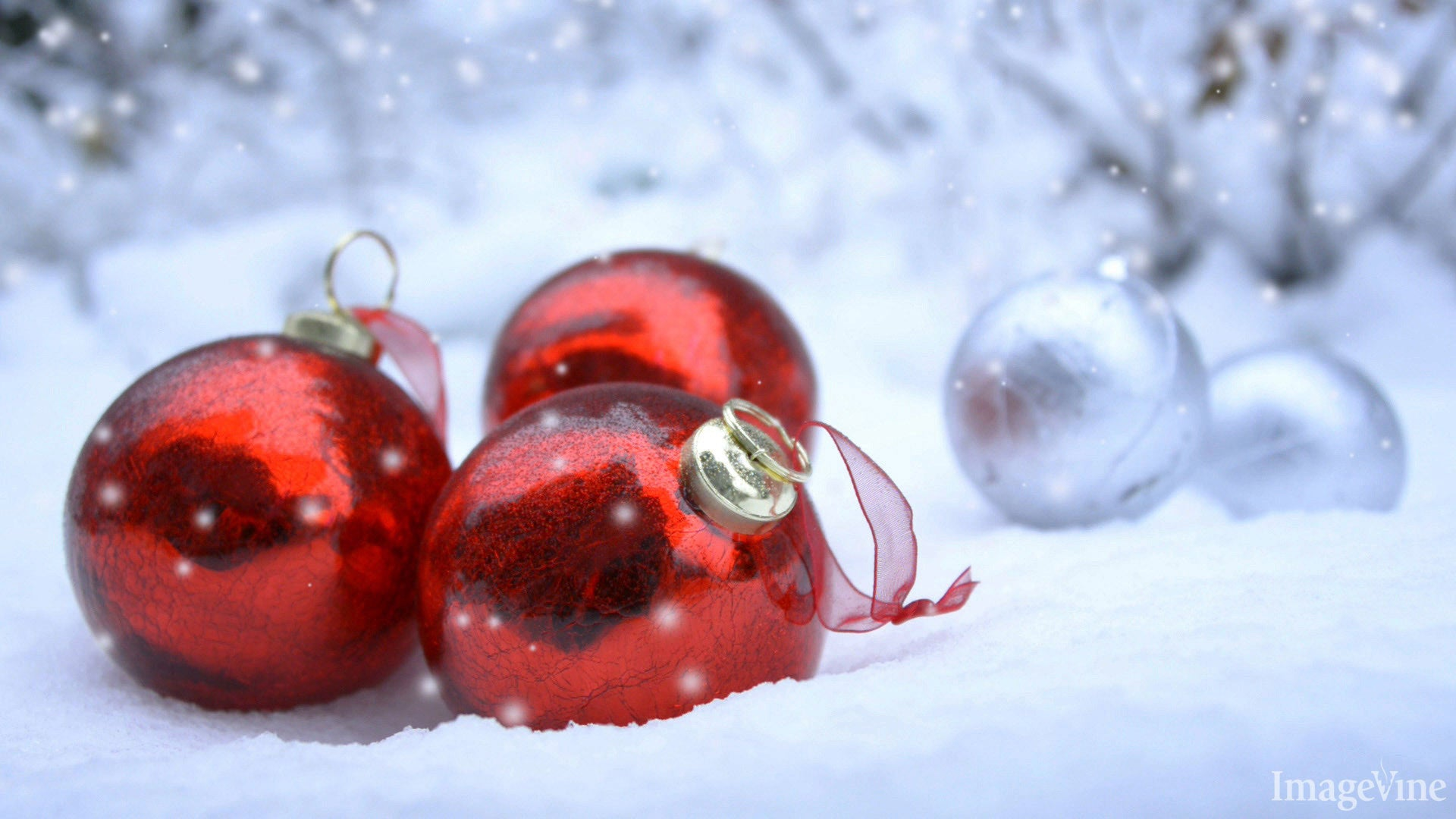 christian christmas images, red ornaments, deck the halls, snow