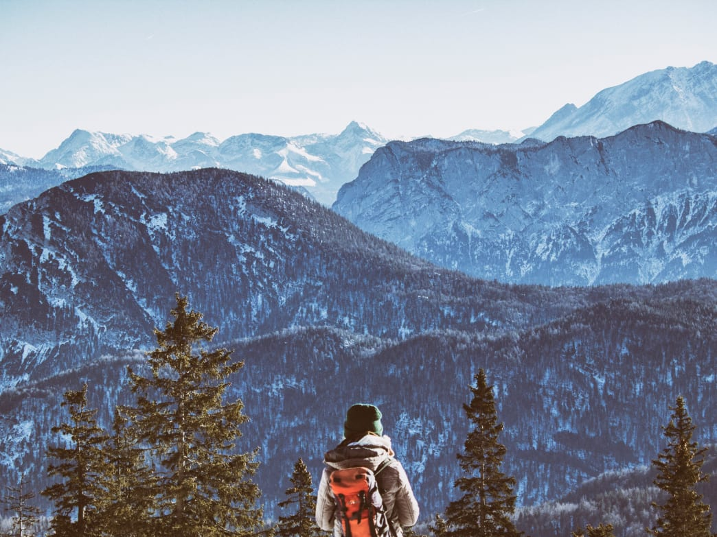 Beat The Cold This Winter - 5 Tips For Hiking