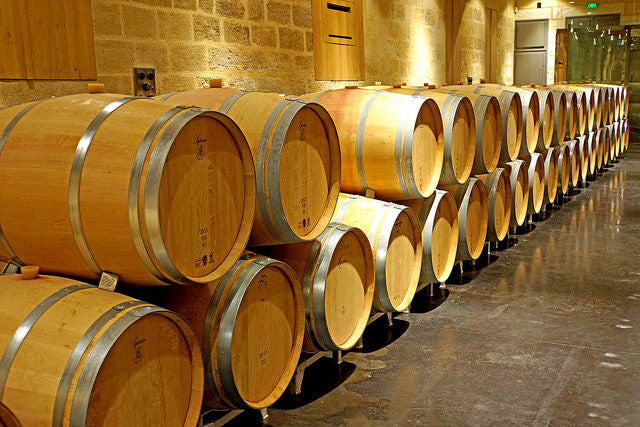 How to clean and maintain wooden wine barrels