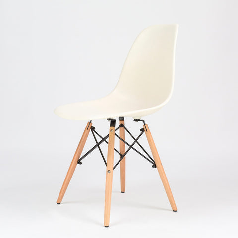 Ochs Modern Dining Plastic Chair With Eiffel Retro Wooden Legs Office Kitchen Lounge Bedroom Designer Chair