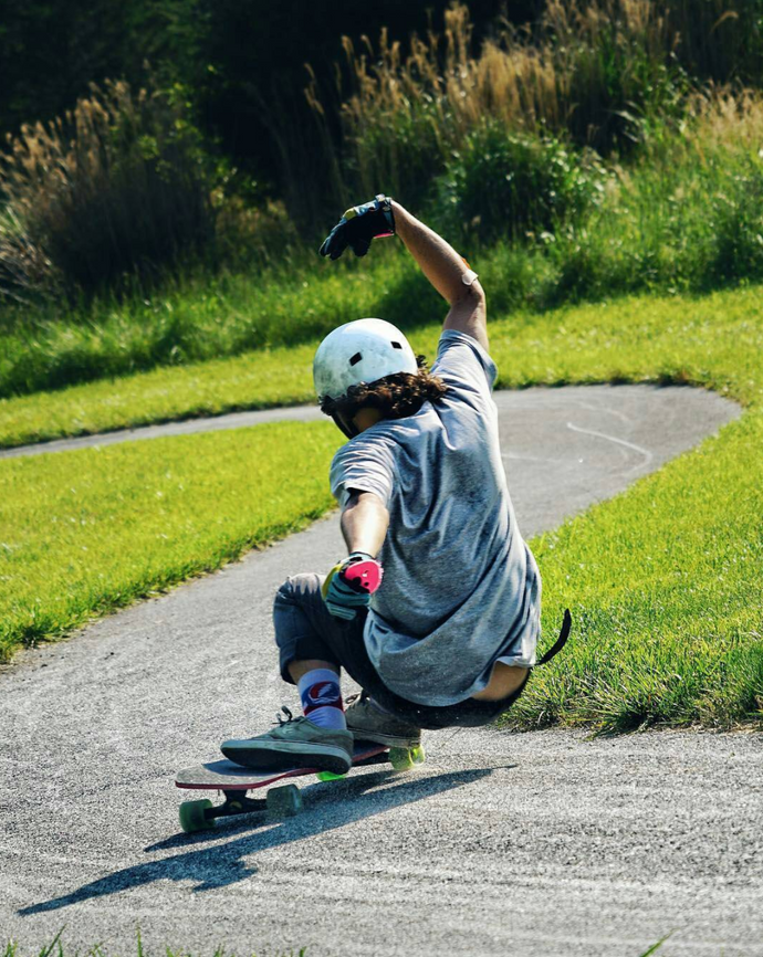Choosing the Best Longboard Slide Gloves