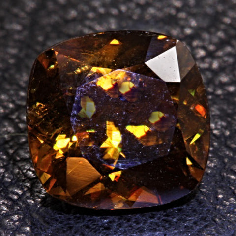 4.37 ct. Sphene