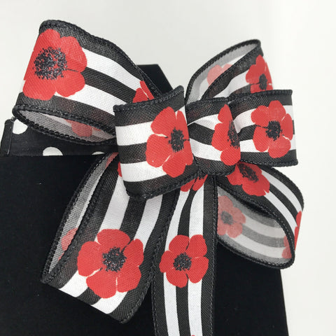 Poppy Seed Chic Bow Tie (1.5in.)