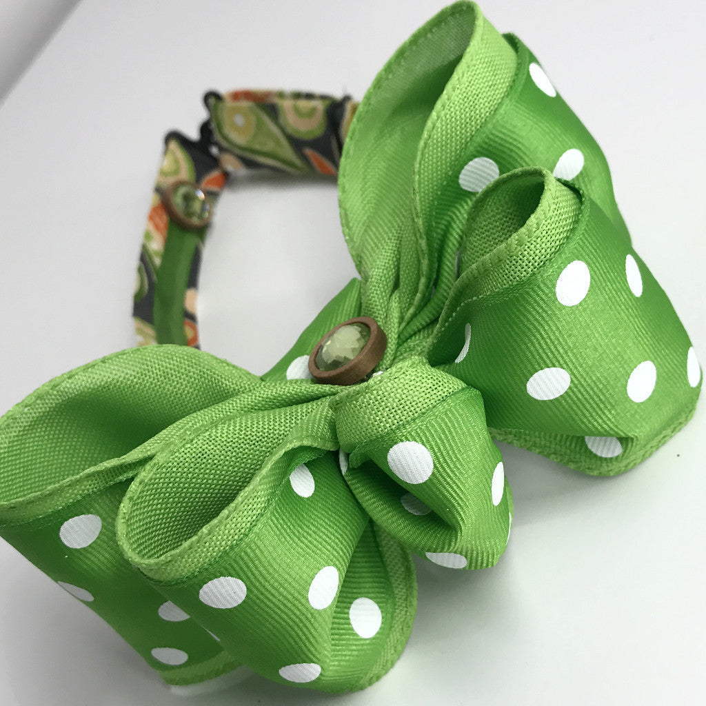Green Cycle Chic Bow Tie (2.5in)